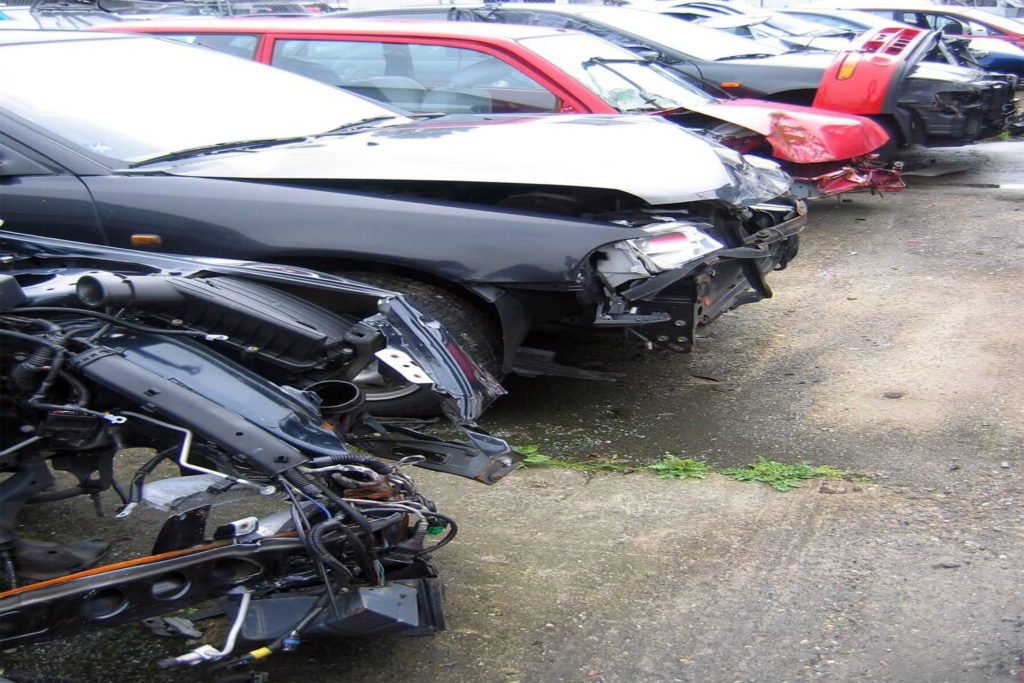 Auto Wreckers Mississauga | Scrap Car Removal Mississauga